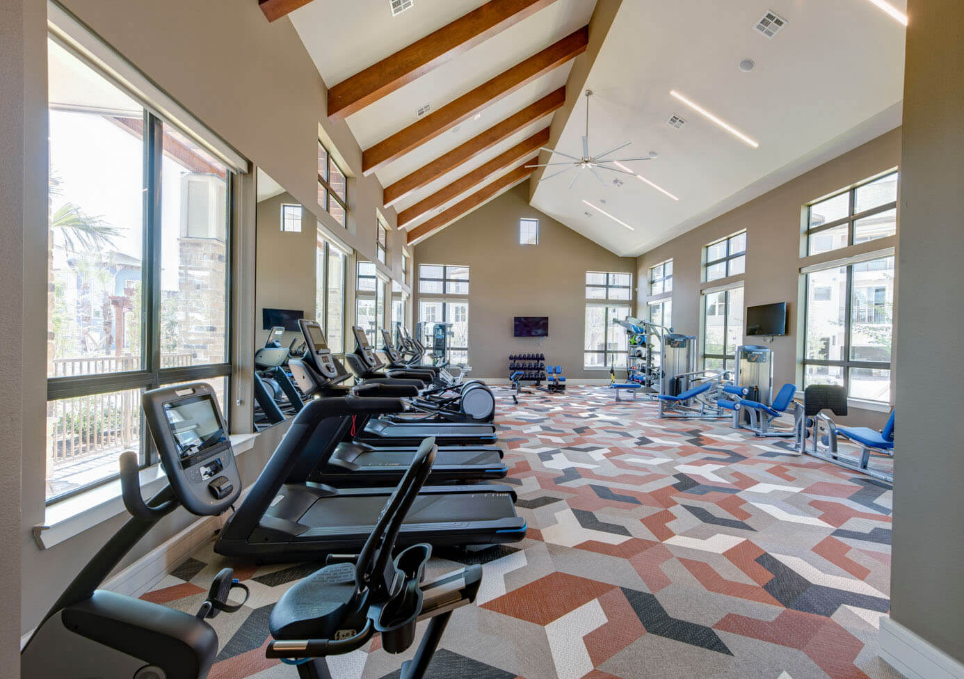 The-Pointe-Valley_Amenities_04