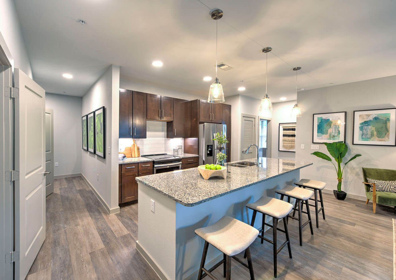 The-Pointe-Valley_Amenities_05